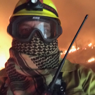 Sean on the front lines of the Klondike Fire, 2018
